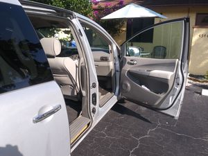 Minivan Nissan quest 2009 for Sale in Pompano Beach, FL