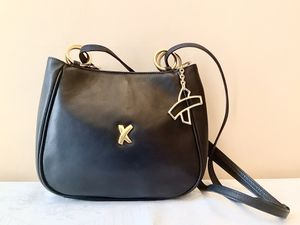 🎁🐰Paloma Picasso Shoulder Genuine Leather Black Bag/Purse/Handbag made In Italy 🇮🇹🌹 for Sale in Alpharetta, GA