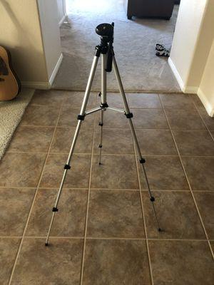 DSLR Camera Tripod for Sale in Murrieta, CA