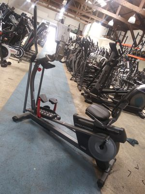 Proform 2 in 1 Hybrid Trainer Elliptical && Recumbent Bike for Sale in Los Angeles, CA