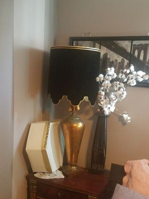 Antique gold and black table lamp for Sale in Affton, MO
