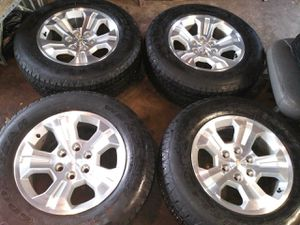 Chevy wheels 18in for Sale in Chicago, IL