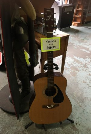 Yamaha f-310 acoustic guitar for Sale in New Britain, CT