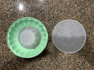 Vintage Tupperware jello mold for Sale in Damascus, OR