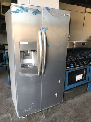 New 36in side by side refrigerator 6 months warranty for Sale in Baltimore, MD