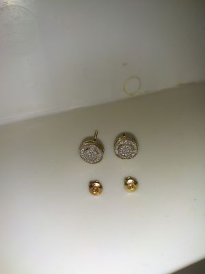 10 solid gold real diamond screwback earrings for Sale in Fort Worth, TX