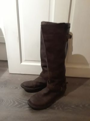 Tara M size 10 brown leather boot for Sale in Salt Lake City, UT