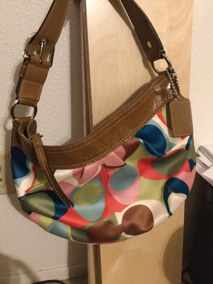 Coach authentic print hobo bag for Sale in Houston, TX