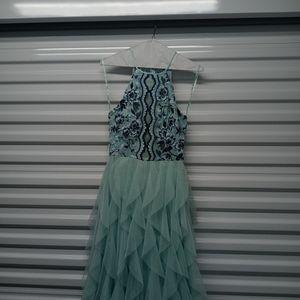Beautiful Teal Dress for Sale in Arlington, WA