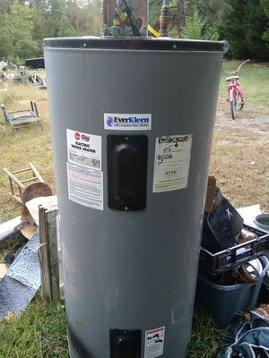 80 gal electric water heater for Sale in Granite Quarry, NC