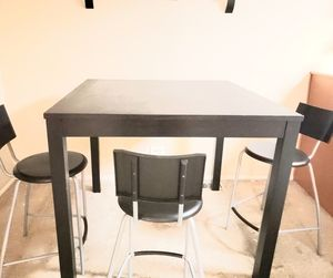 kitchen table +4 chairs, black color for Sale in Wheeling, IL