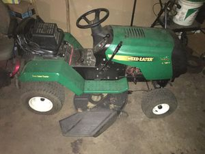 WEED EATER RIDING TRACTOR for Sale in Lawnside, NJ