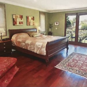 Californina king Sleigh Bed for Sale in Marina del Rey, CA