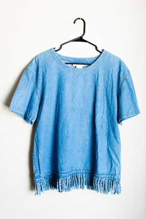 Drapers & Damon's Blue Denim Jean Short Sleeve Shirt Blouse With Fringe Size Medium for Sale in Peoria, AZ