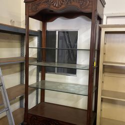 Wooden Cabinet for Sale in Huntington Park,  CA
