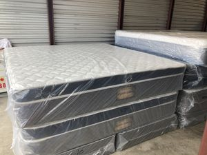 New king majestic cushion firm pillow top mattress and box spring for Sale in Winter Park, FL