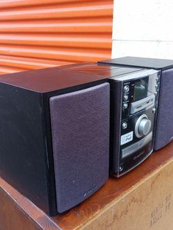Mini Symphony Made X iPod Mp3 Plays Window Media Aux CD for Sale in Washington,  DC