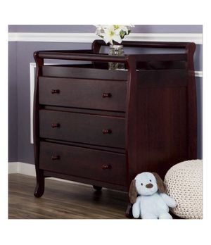 """Dream On Me, Liberty 3-Drawer Changing Table 41""""L x 23""""W x 36""""H for Sale in Austin, TX"""