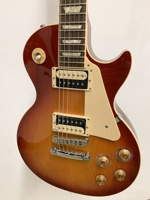 2017 GIBSON, LES PAUL TRADITIONAL, JAN, 7 2017, #939, MADE IN USA, LIGHT BURST ELECTRIC GUITAR for Sale in Raleigh, NC