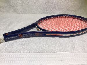 Dunlop Pro Classic 95 Wide Body Tennis Racket for Sale in Graham, WA