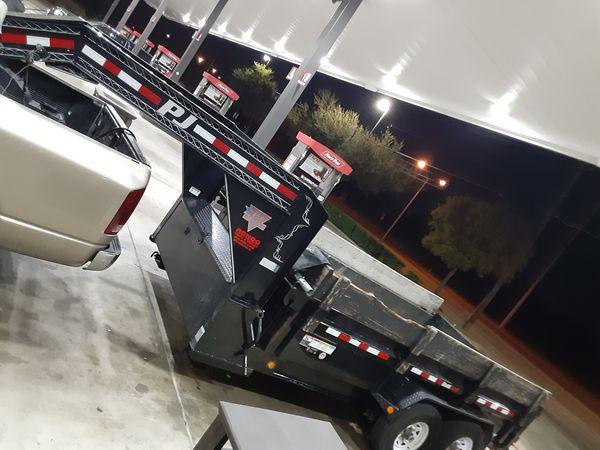 Gooseneck dump trailer