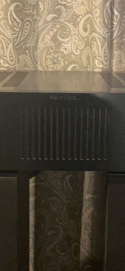 Rotel 550 Watt Power Amp for Sale in Charleroi,  PA