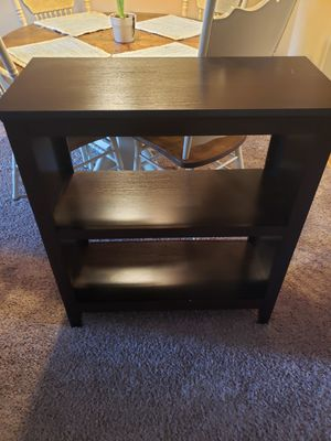 Small bookcase/shelf for Sale in Montgomery, OH