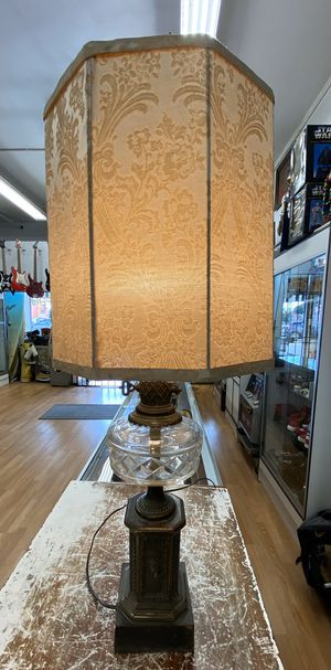 Antique lamp for Sale in Los Angeles, CA