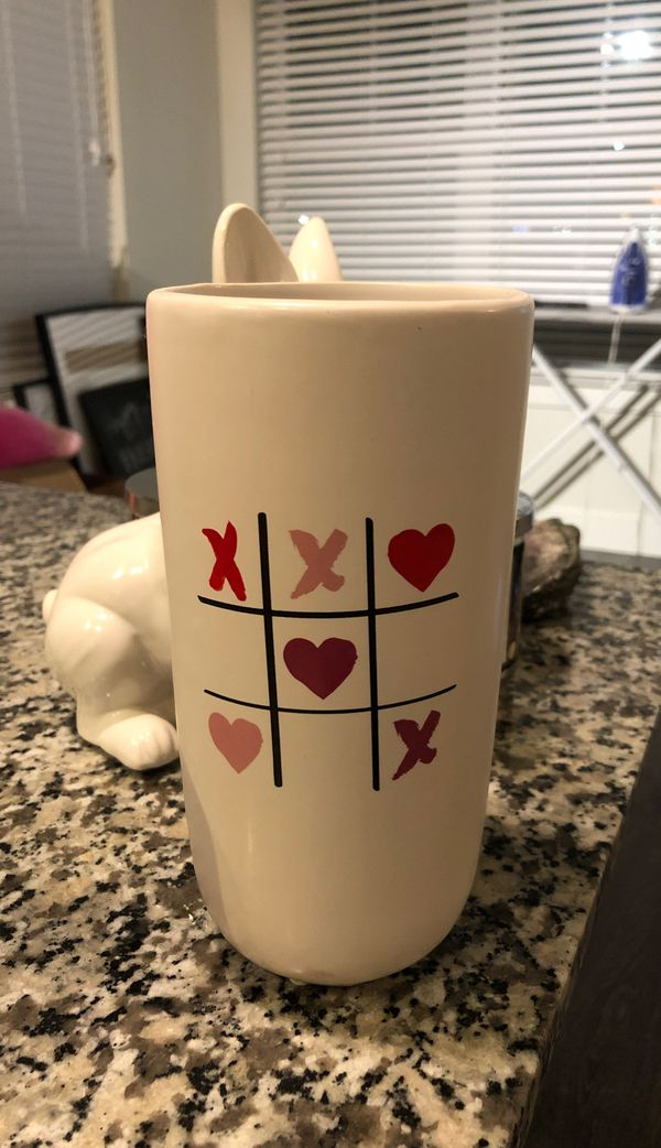 Tic tac Toe Hearts Flower Vase