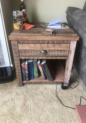 Brand new end table for Sale in Cleveland, OH