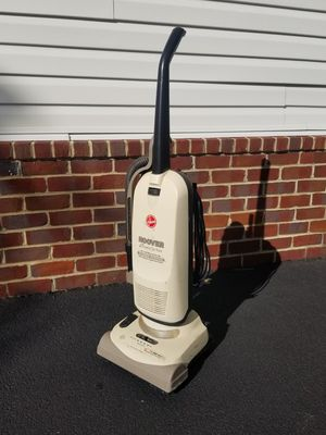 Hoover vacuum works very well for Sale in Lake Shore, MD