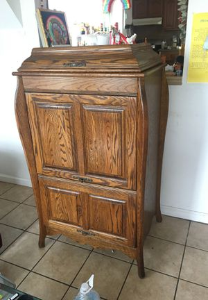 Antique Record Cabinet for Sale in Los Angeles, CA