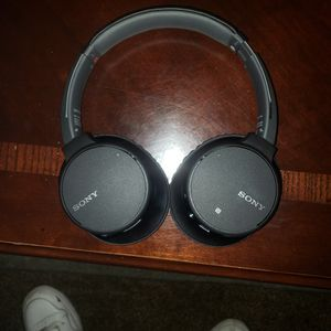 Sony Bluetooth Headset Model Number Wh-ch700n for Sale in Visalia, CA