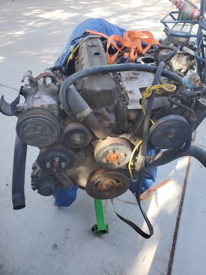 Jeep 4.0 engine for Sale in Hesperia, CA