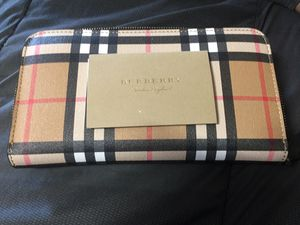 Burberry Wallet for Sale in Tampa, FL