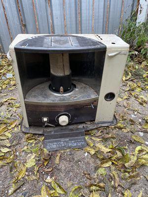 turco villager kerosene heater for Sale in Dallas, TX
