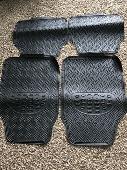 Car Floor Mats Hyundai Santa Fe bilateral for Sale in Federal Way,  WA