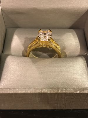 18k Gold plated Solitaire- Round Diamond 💎 Engagement / Promise Ring for Sale in Houston, TX