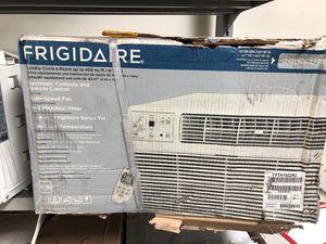 Frigidaire 10000 btu Window Ac for Sale in Santa Ana, CA
