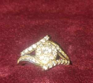 10kt gold ring cz stones ( real gold if up its available ) for Sale in Modesto, CA
