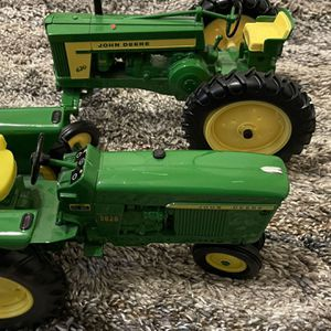 John Deer Collectables Tractor Toy for Sale in Dallas, TX