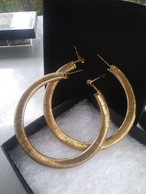 Hoop Earrings - Gold colored for Sale in Hialeah, FL