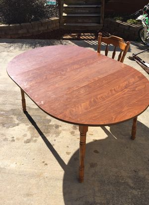 Small Dining room table for Sale in Gladys, VA