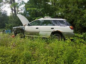 2000 Subaru outback parts junk for Sale in Marietta, OH