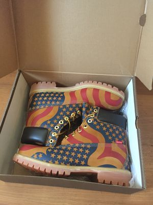 Supreme Timberlands sz 10 for Sale in Beverly Hills, CA