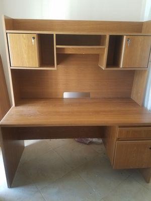 Like NEW Desk for Sale in Altamonte Springs, FL