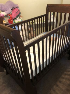 BABY CRIB for Sale in Castro Valley, CA