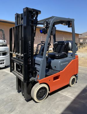 2016 TOYOTA FORKLIFT FOR SALE for Sale in Tustin, CA
