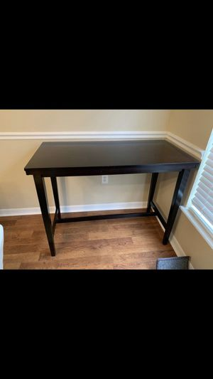 Breakfast bar table brown in color for Sale in Tampa, FL