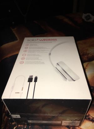 Brand new in box sealed wrapped Beats by Dre wireless solo three for Sale in Los Angeles, CA